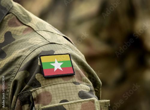 Платно Flag of Myanmar and also known as Burma on military uniform