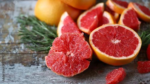 Obraz na płótnie Fresh juicy grapefruits