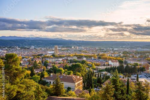 Tablou Canvas Vue panoramique sur la ville Aix-en-Provence en automne