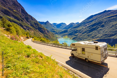 Murais de parede Geiranger fjord and camper on road, Norway.