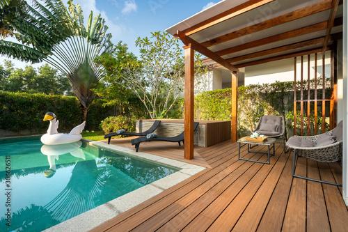 Fényképezés Swimming pool in tropical garden pool villa feature floating balloon