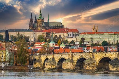 Stampa su Tela Prague Castle at sunset - Czech republic