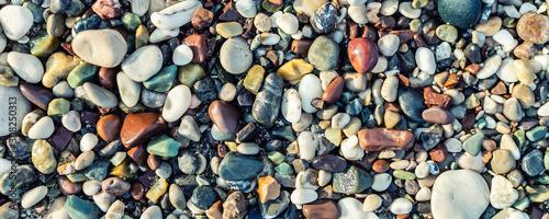 Obraz na płótnie Trendy colorful small sea stone pebble background