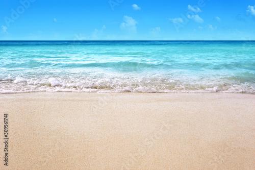 Photo white sandy tropical summer beach background