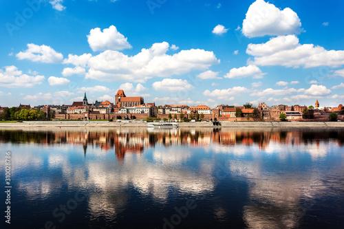 Toruń, Polska. Stare Miasto. Wisła