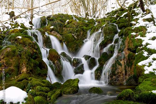 La Tobería - Agua,. Ríos, Cascadas, - Andoin (Álava).