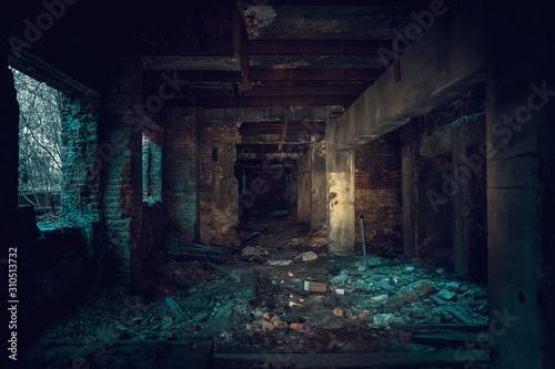 Fotografia Dark creepy industrial tunnel or corridor with destruction and debris after cris