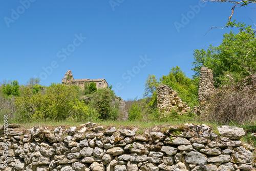 Ribera (Álava). Abandoned village in the natural park of Valderejo.
