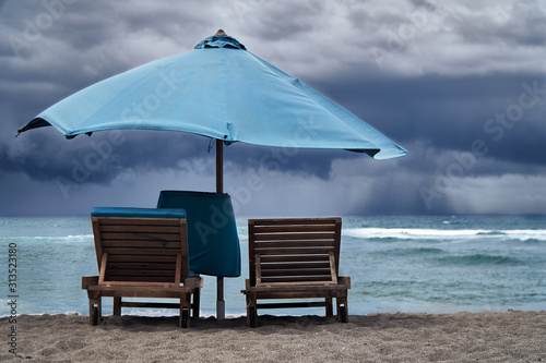 Storm on the sea with thunderclouds Fototapet