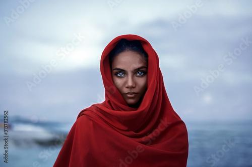 Obraz na plátne Beautiful indian woman with blue eyes