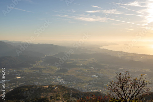фотография Lake Biwa and Shiga Prefecture at Sunset, Wide View from Mt Ibuki
