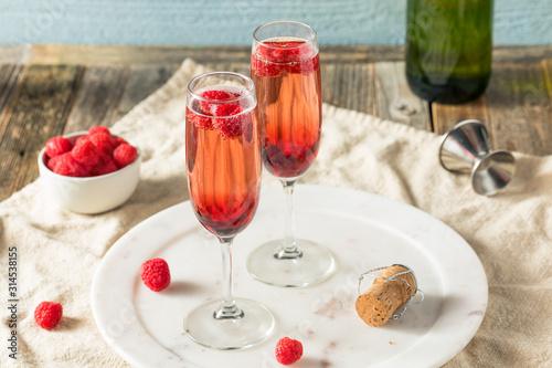 Fotografia Refreshing Alcoholic Kir Royale