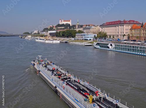 barge on Danube river, Bratislava, Slovakia Fototapete