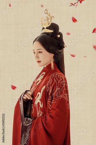 Fototapeta Asian ancient concubine shaped woman