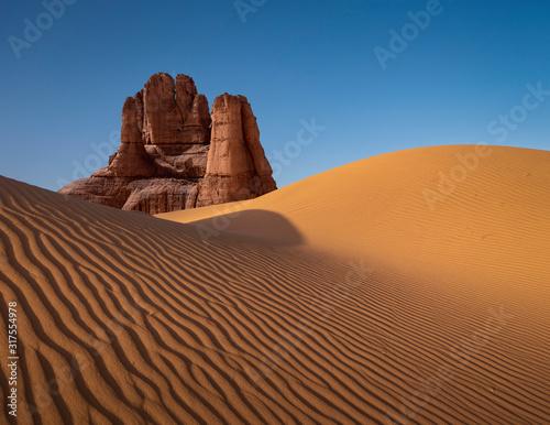 Valokuvatapetti Dune formation in arid desert