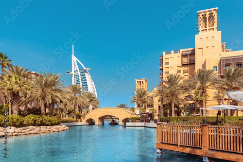 Canvas Print View of the chic seven star hotel Burj al Arab in the shape of a sail and the ar