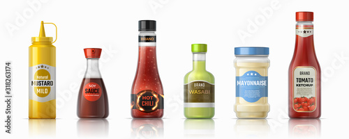 Wall mural Sauce bottles. Ketchup mayonnaise and mustard realistic containers, hot chilli and soy sauces. Vector design plastic and glass packaging for condiments and other ingredients sauces fast food
