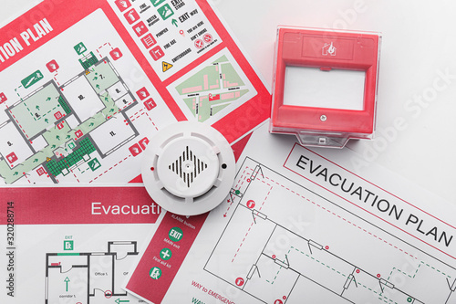 Canvas Print Evacuation plans, smoke detector and manual call point on white background
