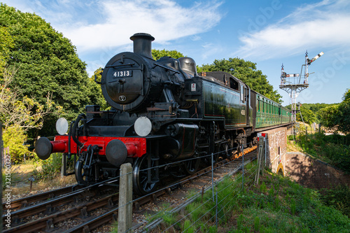 Photo A steam train near Havenstreet on the Isle of Wight