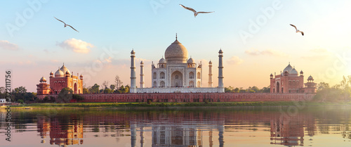 Fotografie, Obraz Taj Mahal sunrise panorama, Agra, Uttar Pradesh, India