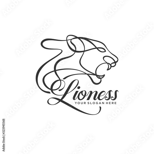 Stampa su Tela lioness lineart logo template vector illustration