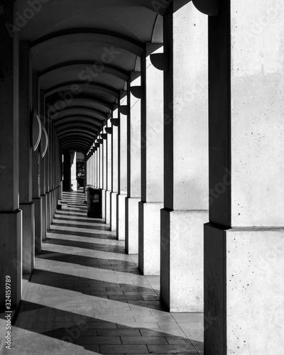 Architecture en noir et blanc