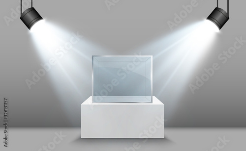 Fotografia Glass showcase for the exhibition in the form of a cube