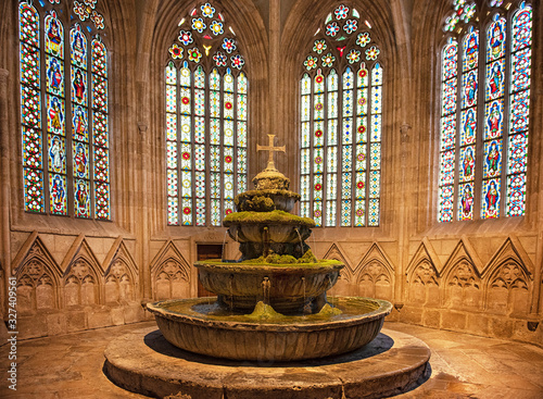 Fotografia Medieval Fountain of the Cistercian monastery Heiligenkreuz abbey