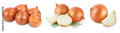 Stampa su Tela yellow onion isolated on white background close up