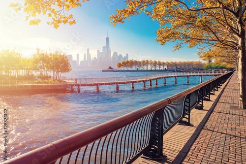 Obraz na plátně New York City Manhattan skyline panorama and Hudson River viewed