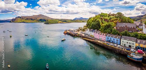 Fotografia Aerial view of Portree, Isle of Skye, Scotland