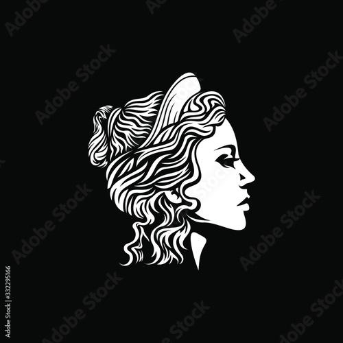 Fotografie, Obraz beautiful goddess vector logo design