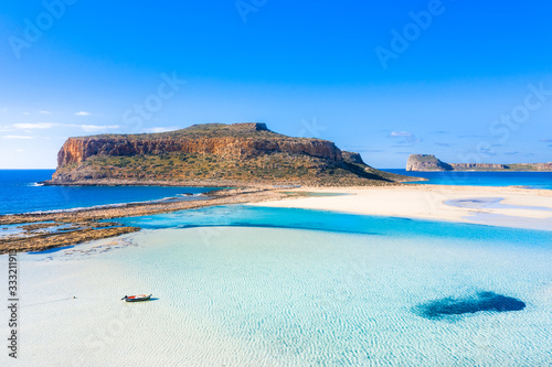 Canvas Print Amazing view of Balos Lagoon with magical turquoise waters, lagoons, tropical be