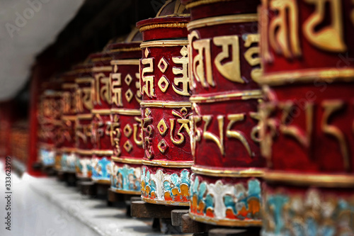 Canvas Print Beautiful Tibetan prayer wheels