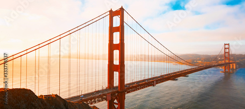 фотография San Francisco's Golden Gate Bridge at sunrise from Marin County