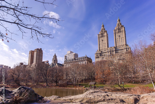 Canvastavla Facades of West Central Park from the park in winter in Manhattan in New York in