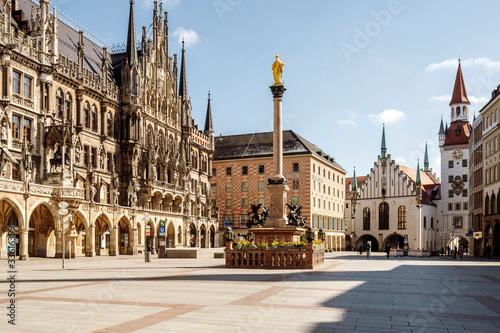 Fototapeta premium Empthy City Hall w Monachium, Niemcy