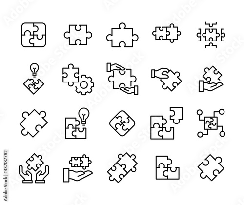 Foto Simple set of solution icons in trendy line style.