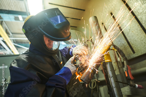 Canvastavla Welding and sanding joints