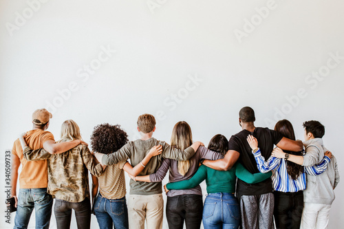 Fotografia Group of people supporting each other