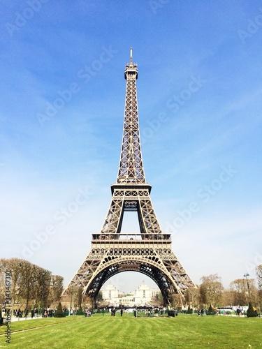 Fotografia Eiffel Tower Against Sky