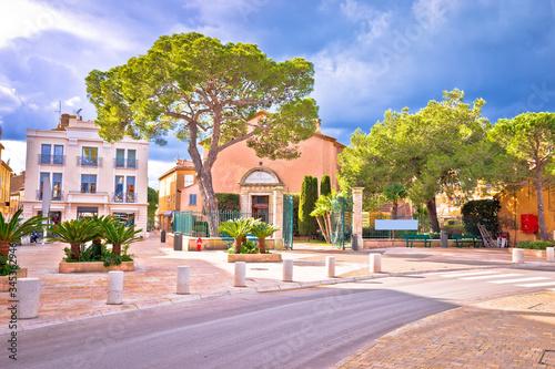 Obraz na płótnie Saint Tropez village colorful street view, famous tourist destination on Cote d