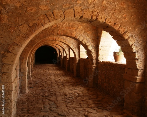 Leinwand Poster Archway In Arkadi Monastery