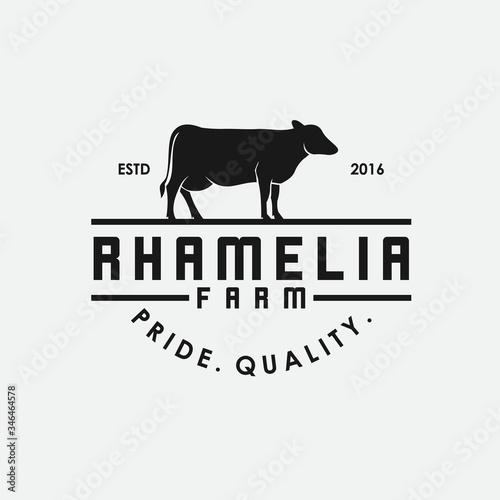 Fotografia Cow breeder logo. beef vector.