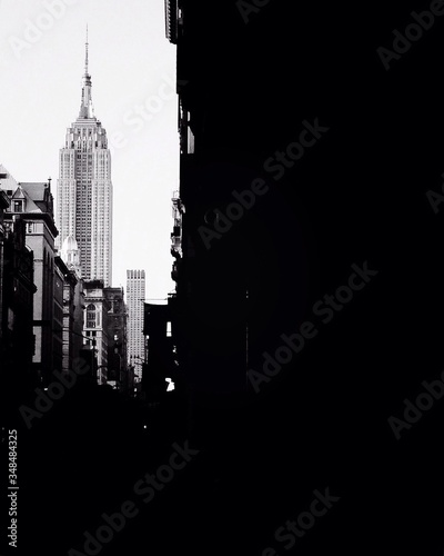 Low Angle View Of Empire State Building In City Fototapeta