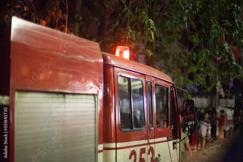 Fotografia, Obraz View Of A Fire Engine At Night