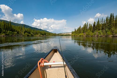 Fotografia Scenic View Of Lake Against Sky