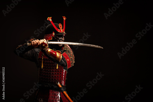 Stampa su Tela Portrait of a samurai in armor in attack position