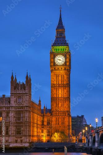 Fototapeta Palace of Westminster zur blauen Stunde