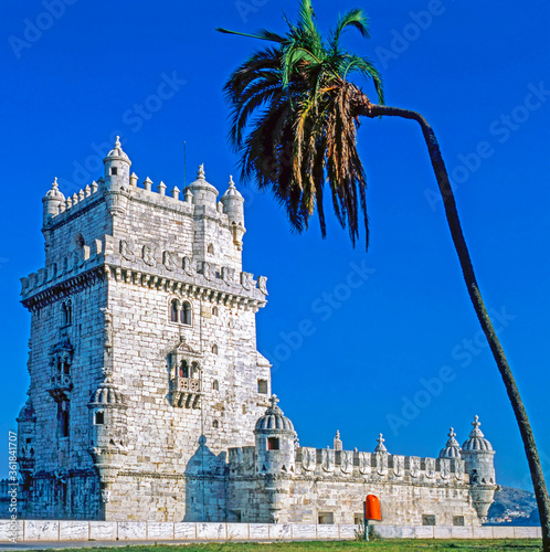 Wallpaper Mural Belem Tower, Lisabon, Portugal